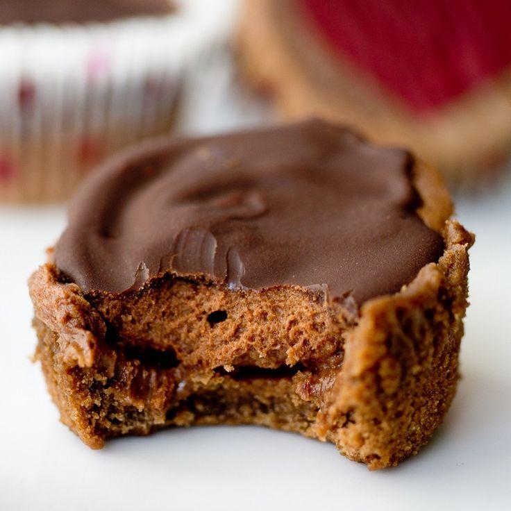 Triple Chocolate Cheesecake Cupcakes | KeepItsweetDesserts.com