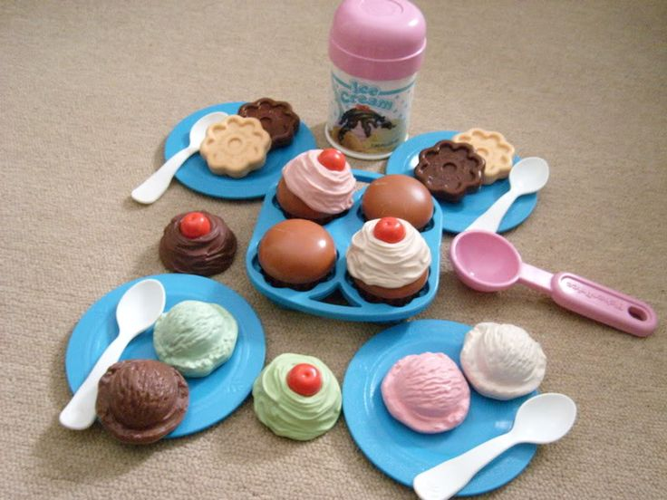 fisher price play food. Totally remember playing with this.