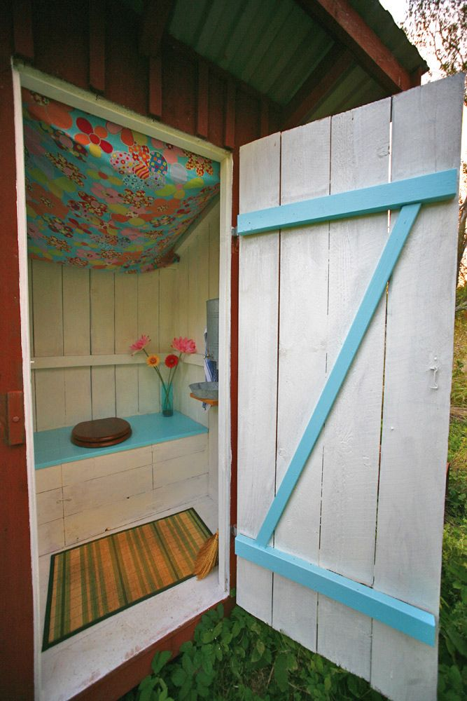 pretty on the inside outhouse