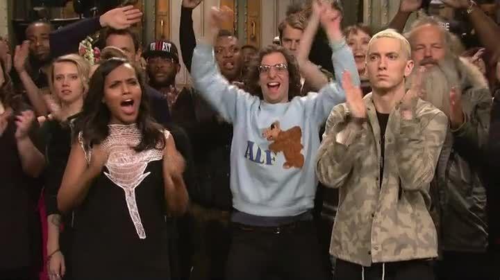 Kyle Mooney rocking an ALF sweater between Kerry Washington & Eminem :)
