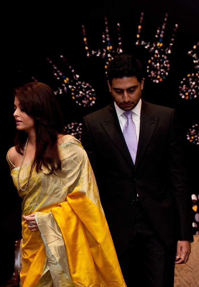 Aishwarya in Rich Yellow Kanjivaram Saree with big self designed cream colour border. Love the rich yellow colour of the saree.