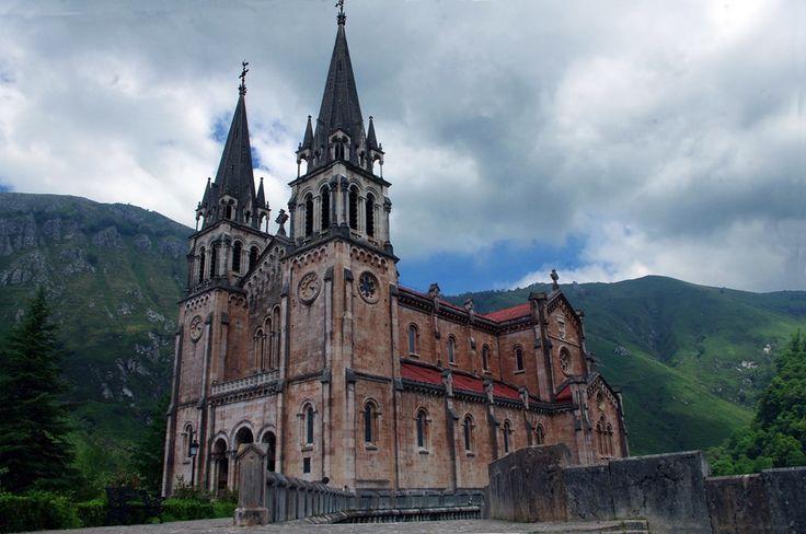 https://flic.kr/p/JRXzuf | Asturias. Covadonga