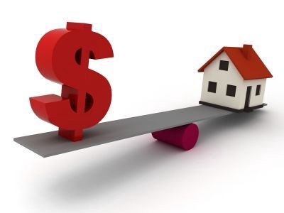 If you are planning to sell your house and wish to get the best price, you need to consider a number of things.