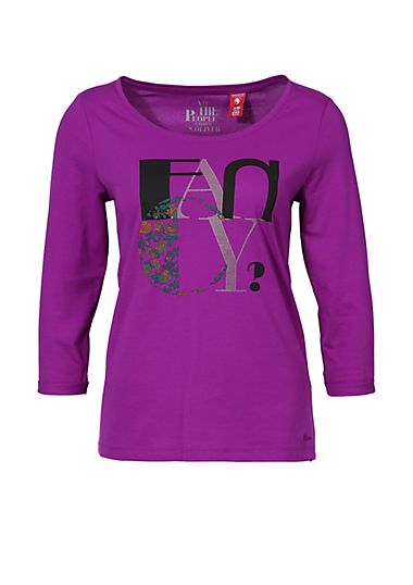 Jersey top with a typo print from s.Oliver. Discover the latest fashions online for women, men and kids and order with free delivery.