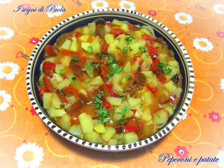 Peperoni e patate. Piatto semplice ma tanto sapore e profumo!