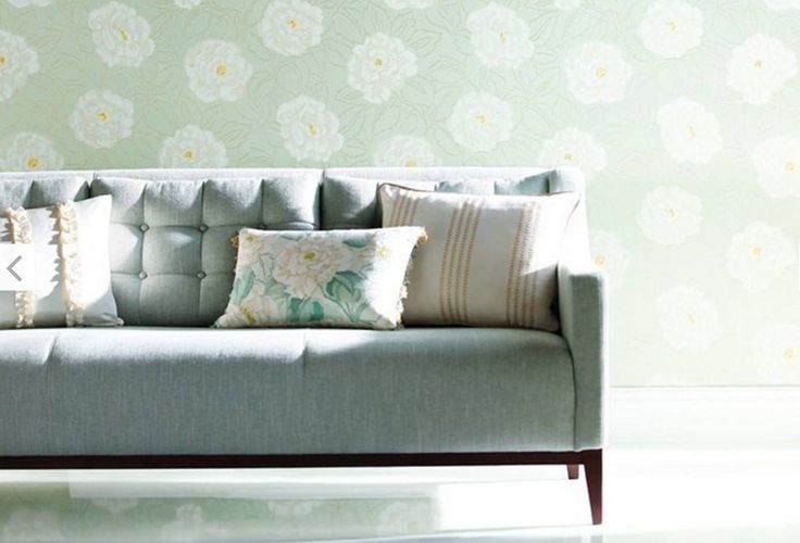 ROSELLA   A sumptuous all-over floral design in a pearlescent finish.