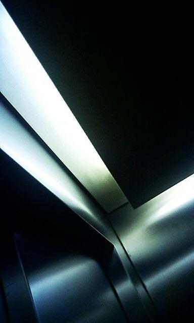 Fahrstuhl abstrakt