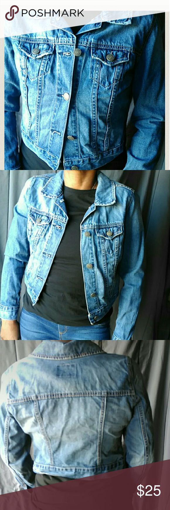 Old Navy Dark Blue Jean Jacket XS jean jacket. In excellent condition. Old Navy Jackets & Coats Jean Jackets