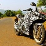 Bajaj Pulsar 200 with fairing spotted testing in Lavasa Read more at http://www.rushlane.com/bajaj-pulsar-200-with-fairing-1295349.html#c2o8uc1pCsMs3pym.99