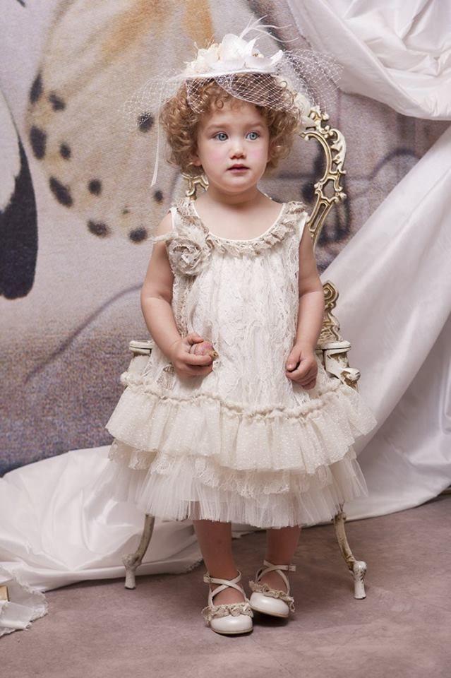 Ρούχα βάπτισης για κοριτσάκι