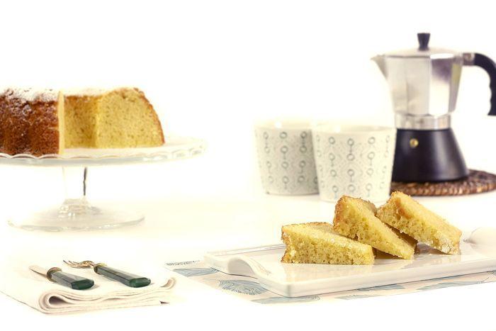 Cómo hacer bizcocho de yogur en Crock Pot o slow cooker. Receta paso a paso. ¡Descubre cómo hacer bizcochos en tu olla de cocción lenta!