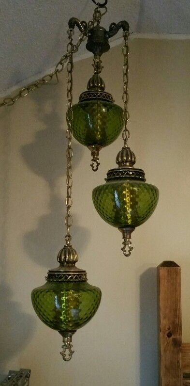 1970's 3 teared green swag lamp.. this lamp looks brand new and had been well cared for.. this is also one of my favorites.. I'd never part with this lamp either!