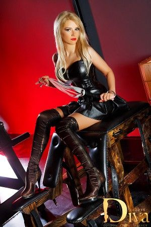 2477 best images about boots on pinterest high boots - Diva escort london ...