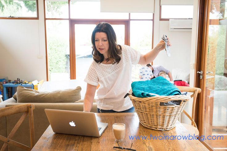 10 signs you're suffering from Working Mother Syndrome and what you can do about it. Are you a working mother trying to get the work life balance happening? You just might have working mother syndrome, here's what you can do about it.