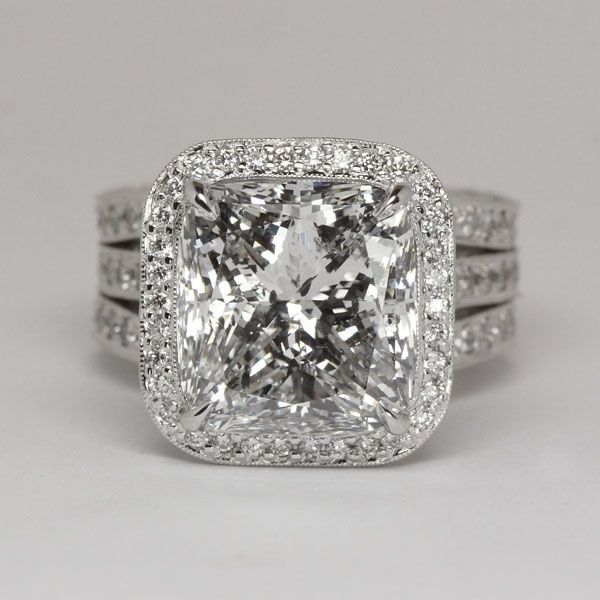 Cushion cut Diamond Engagement Ring. This is THE perfect ring. Hands down.