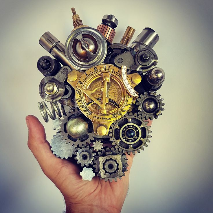 So let your heart be your compass when you're lost... #heart #humanheart #steampunk #trashart #teodosio #greekart #greekartist #greece #metalart #metalwork #sculpture #teodosiosectioaurea #welding #weldporn #welder