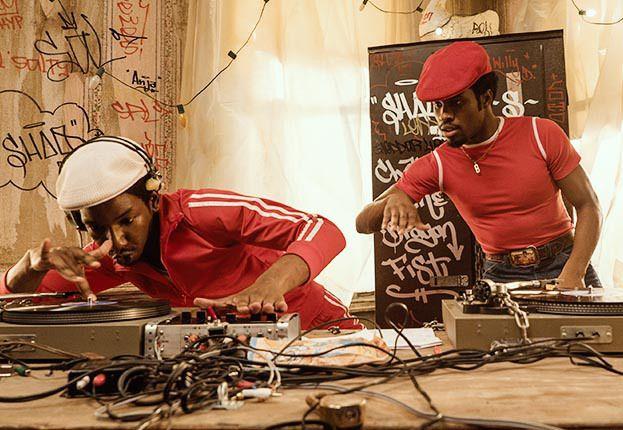 'The Get Down' Review: Baz Luhrmann's Sprawling Netflix Series Scores Scope Of Hip Hop's Best