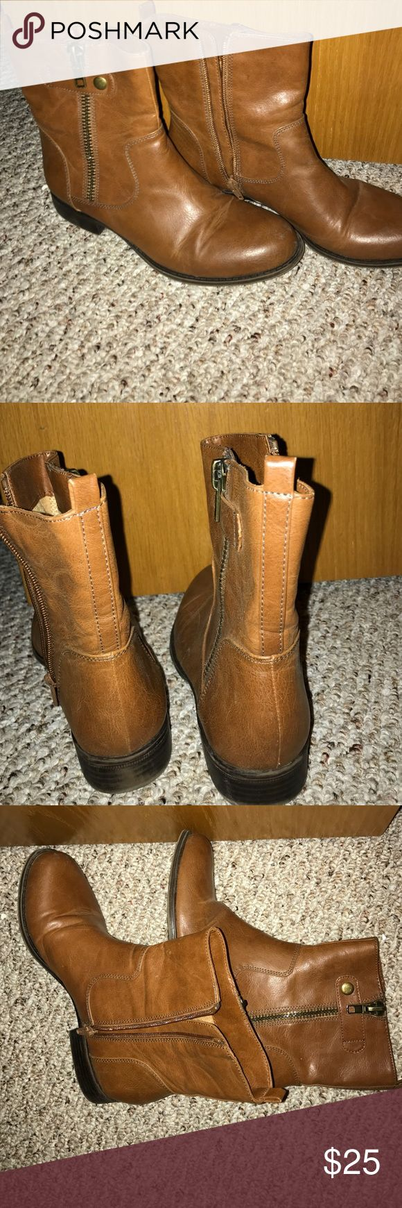 Naturalizer tan leather boots - size 7 Great condition! Tan leather, short, zip up boots Naturalizer Shoes Ankle Boots & Booties