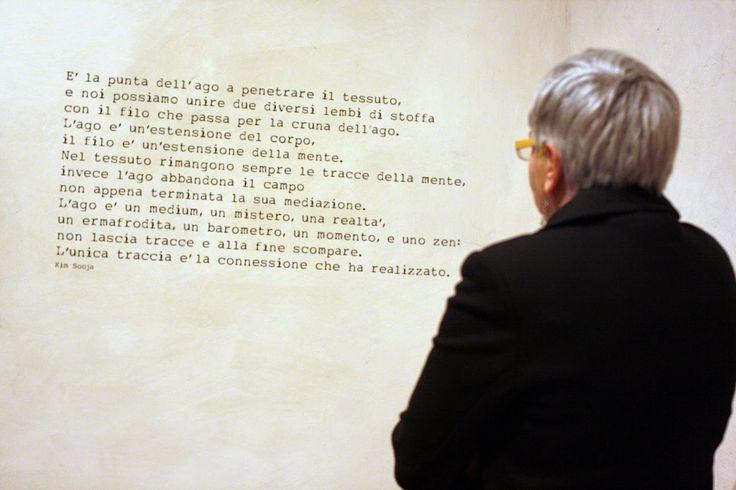 """Citazione per """"logori rammendi nobili frammenti"""" di Daniela Evangelisti presso L Castel di Pont St Martin !3 /12/2014 - 11/01/ 2015"""