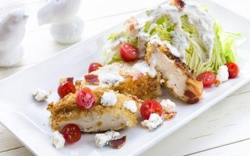 Caesar salade eco schnitzel chicken