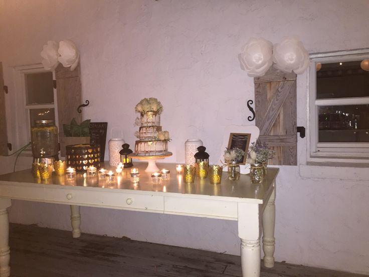Cake table. Garden Wedding