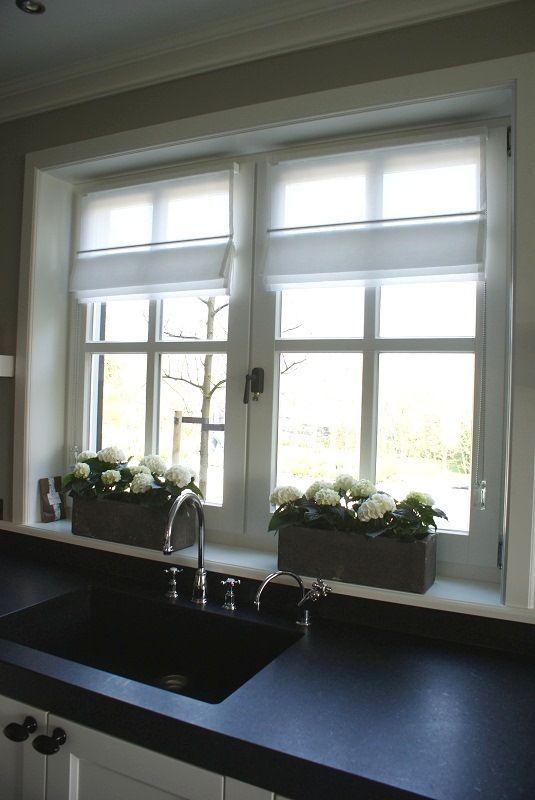 25 beste idee n over badkamer gordijnen op pinterest for Decoratie vensterbank keuken