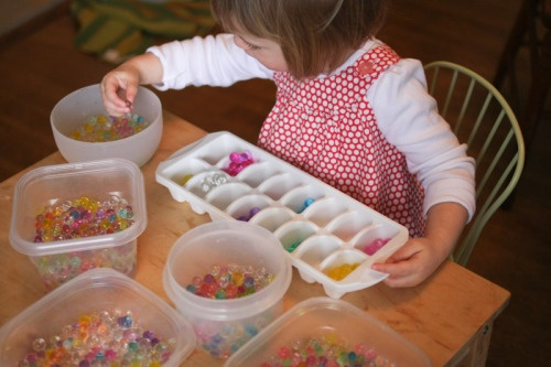 waterbeads - sensory play, color sorting activity