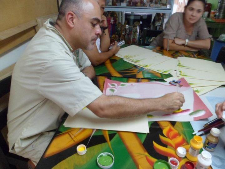 VICTOR ZAPATA: PROFESOR DEL LASER COUNTRY