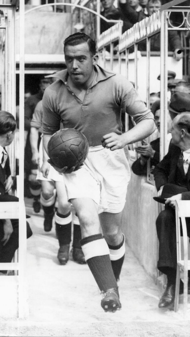 "William 'Dixie' Dean ( Everton & England). A true Legend of the ""Beautiful…"