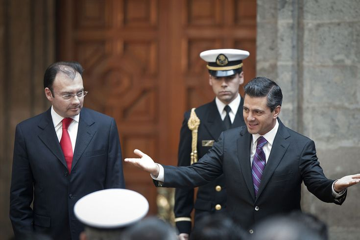 EPN se compromete con la transparencia, pero no sabe el significado del IFAI