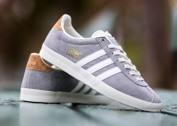 adidas originals gazelle white sneakers men