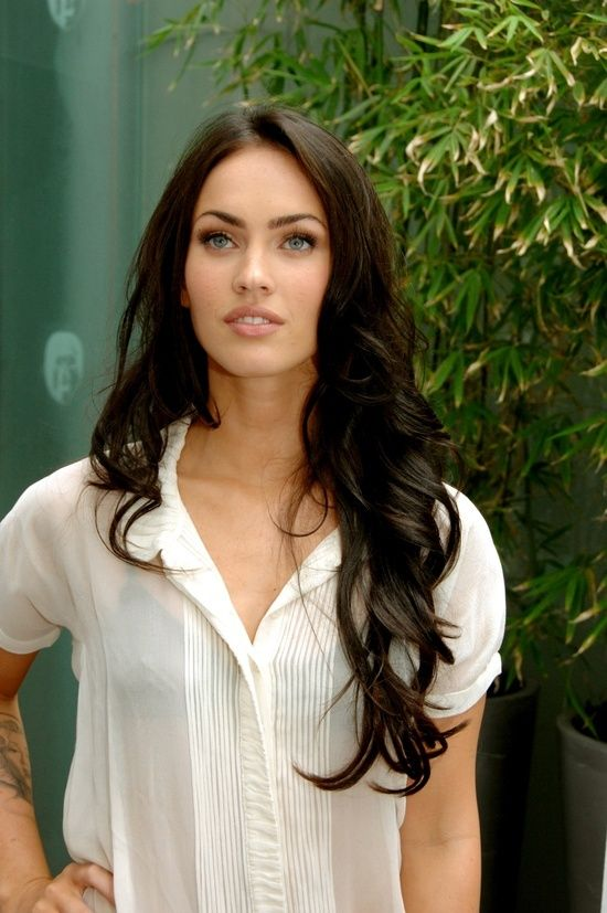Added By Marie W. #meganfox #longhair #curls Love her hair!