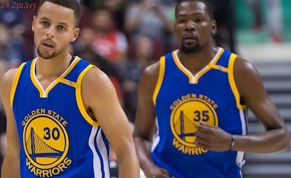 Kdo je nejoblíbenější? Curry, pak James a Durant, promluvily peněženky