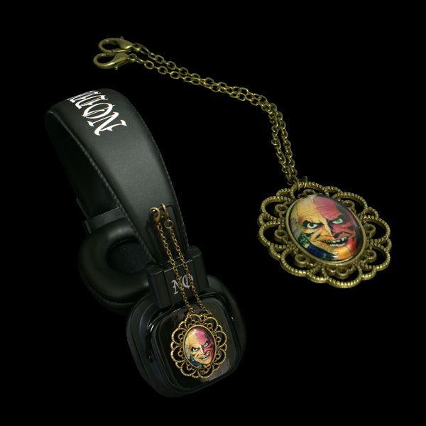 Headphones with attachable pendants - LIMITED EDITION -  http://noddders.com/product/horror-comics-character-headphones/  -------- #subculture #dark #victorian #underground #retro #vintage #comics #cartoon #evil #devil #joker #villain #monster #vampire #dracula #creepy #goth #gothic #punk #alternative #collection #collectibles #style #stylish #macabre #anime #music #noddders #headphones