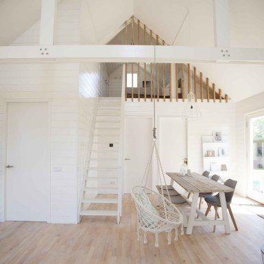 STRAND & KUST VAKANTIEHUISJE AAN ZEE: Een hoofdslaapkamer beneden, een kamer met luxe stapelbed en een kamer op de vide | Noordwijk, ZH
