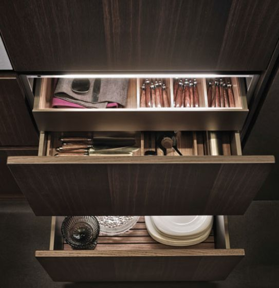 POLIFORM|VARENNA_Inner drawers with personalised front and equipment in walnut c., inner led lighting system.