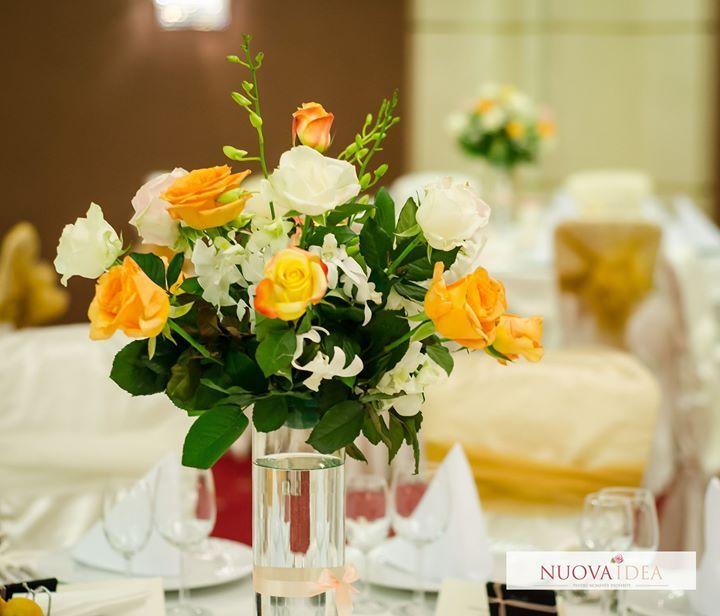 Alege și tu culorile primăverii în orice anotimp la nunta ta! Pastelurile imprimă o atmosferă unică oricărui eveniment iar alegerea unui decor pastel va imprima evenimentului tău un aer vintage cu accente moderne. Culorile pastelate sunt atât de versatile încât pot fi armonizate cu ușurință de la vestimentație și accesorii până la elementele de decor și meniurile speciale cum ar fi bufetul dulce pentru invitații tăi. http://ift.tt/2iYLgSU