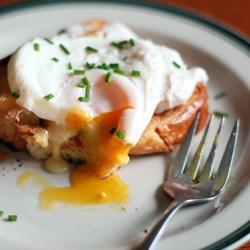 Poached egg on Brioche with Epoisse Cheese and Chives