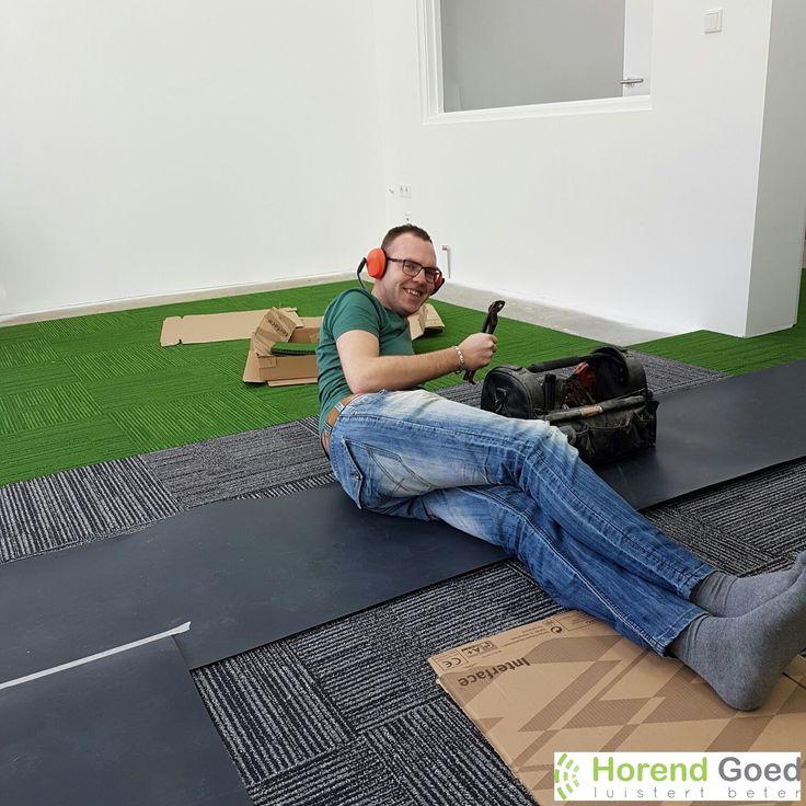 'Handyman' Steve is druk aan het klussen in Zaandam :-) Aanstaande zaterdag 18 maart opent Zorgboulevard Zaandam haar deuren! Maak kennis met de zorg(service)bedrijven van de Zorgboulevard en kom ook gezellig langs bij ons nieuwe pand :-)