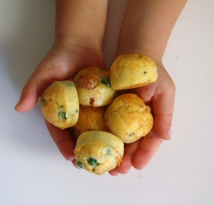 Olio Capitale e mini muffin salati