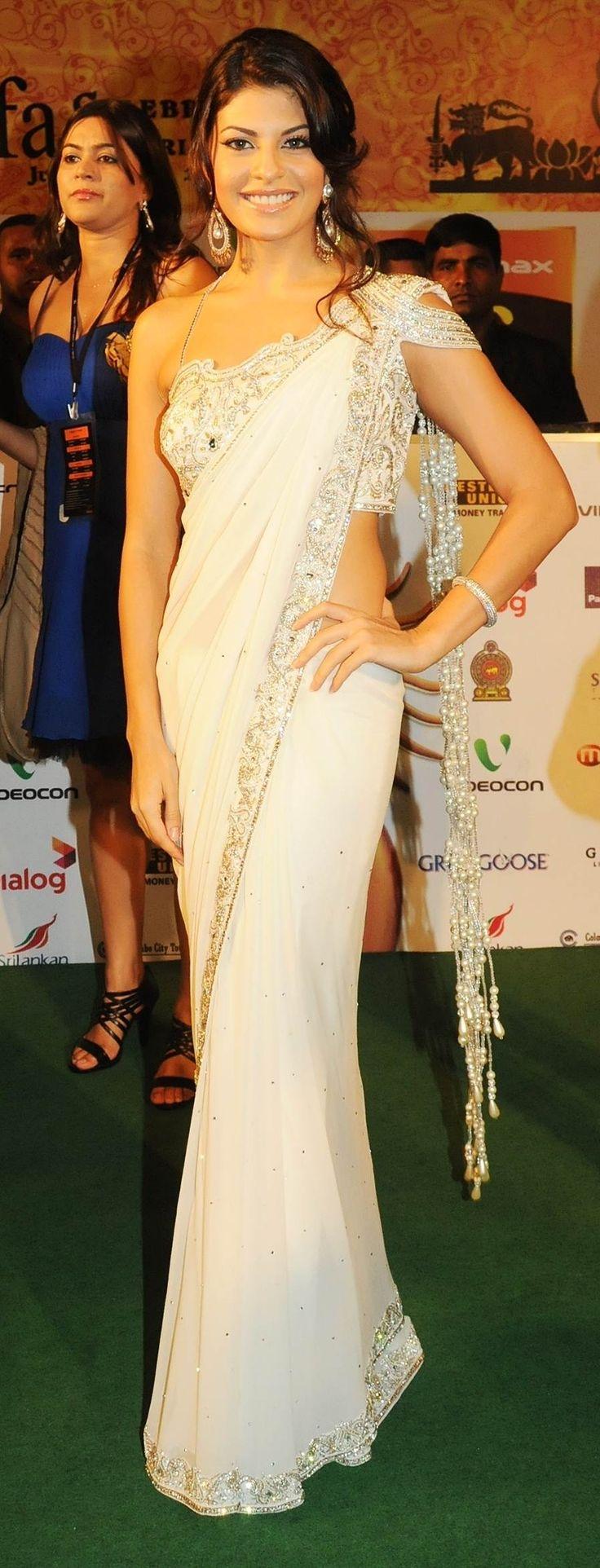 Former Miss Sri Lanka, Jacqueline Fernandez, in a Goorgeous White Sari – Simple yet elegant. #southasianfashion #sari #southasiancouture
