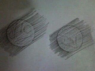 """Fare il """"ricalco"""" delle monete con la matita strisciata sul foglio (e magari usarle per giocare al negozio) ^^"""