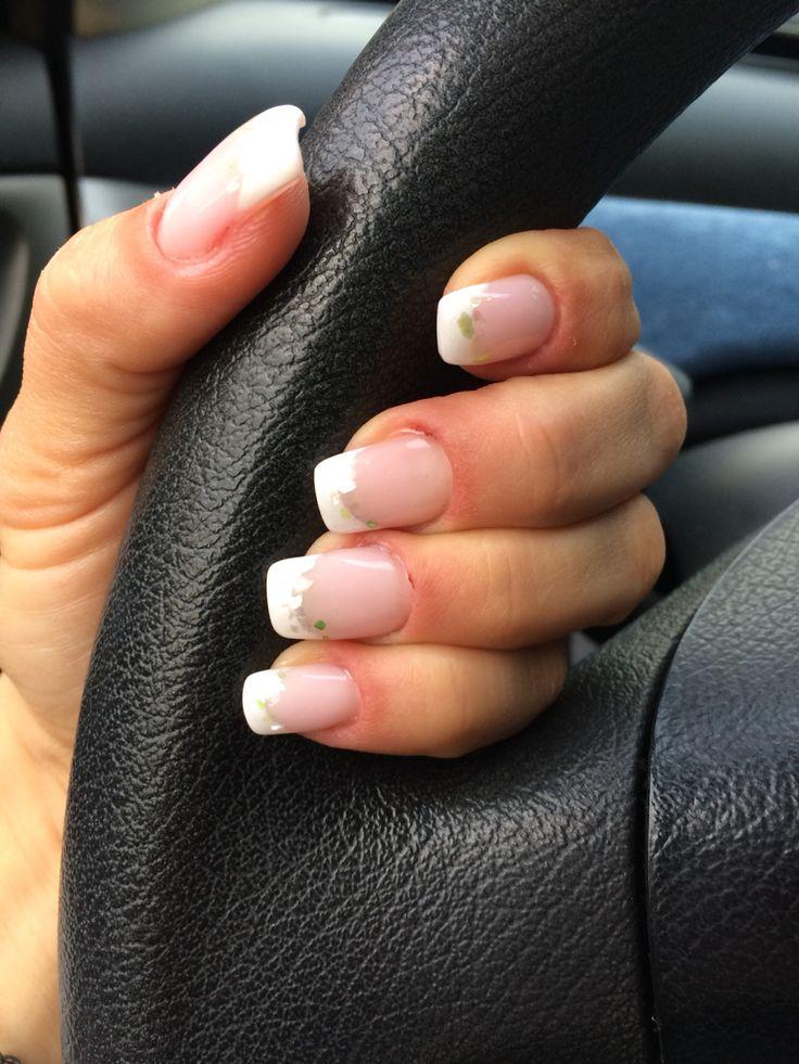 French manicure con madreperla
