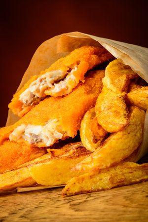 Tradiční ryba s hranolky