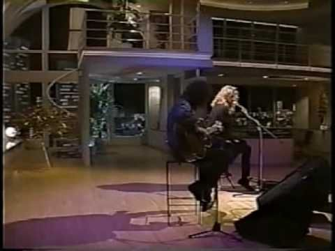 ▶ Page and Plant played Stairway to heaven in Japan '94 - YouTube Like the acoustic version, like the setting, like the braid in Plant's lovely mane.