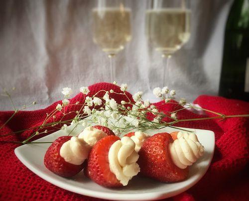 Best 25+ Romantic dinner for two ideas on Pinterest | Steak dinner ...