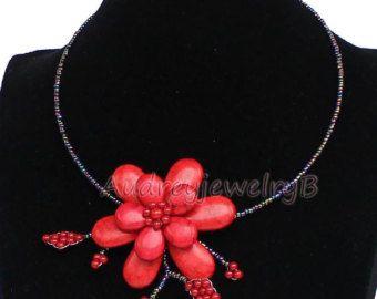 Esagerando Turchese irregolare rosso perline di AudreyjewelryB