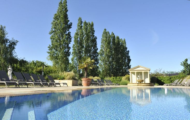 Are you searching for most beautiful spa outdoor pool in your home  #Spaoutdoorpool #Swimmingpool contact here: www.swimmingpoolquotes.co.uk