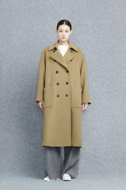 Coat 91054-11020  459.000 / Knit 91054-52921  159.000 / Pants 91054-31922 179.000