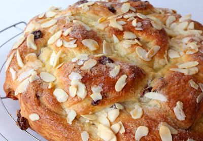 My Kitchen Snippets: Fruity Braided Bread
